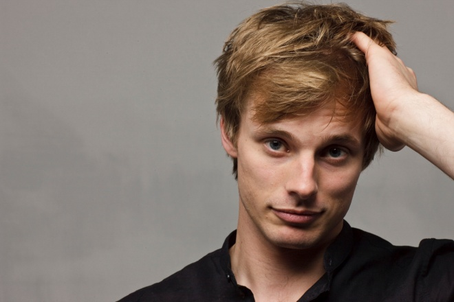 Bradley James as a PAINFULLY hot John Little