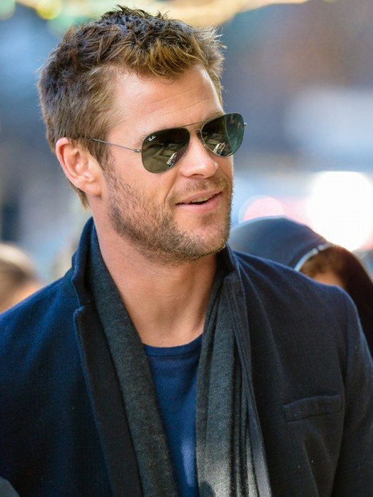 chris-hemsworth-short-hair-01132015-06-675x900